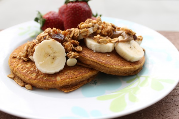 sprouted spelt pumpkin pancakes